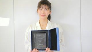 小倉優香はグラビア部門で受賞/第6回カバーガール大賞